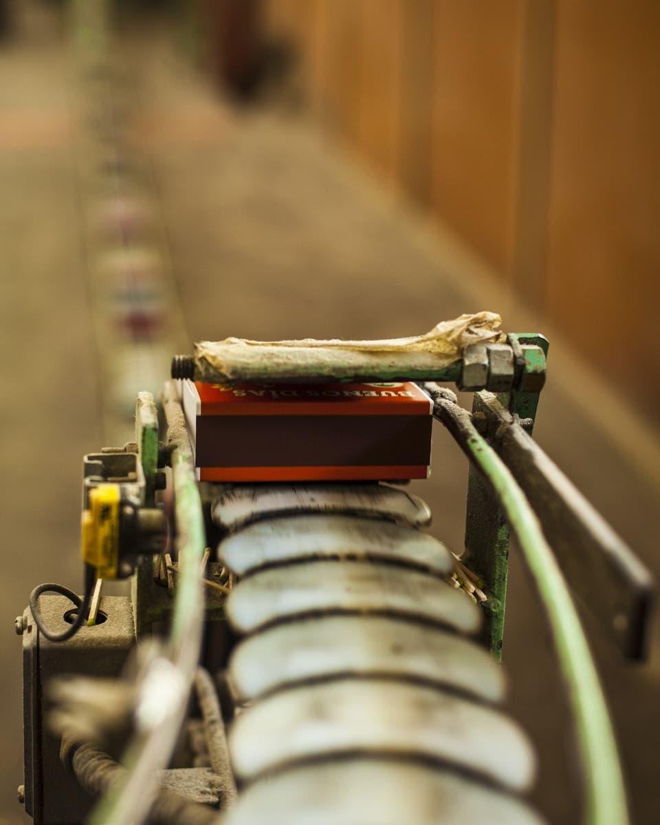 Oficios industriales: ¿cómo se hacen los fósforos?