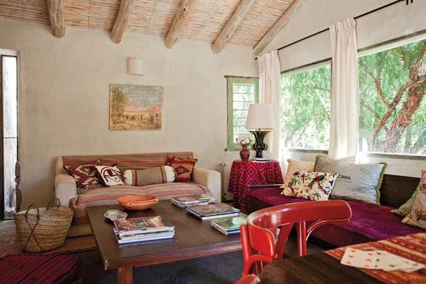 dos propuestas para decorar una casa con estilo campo living espacio living