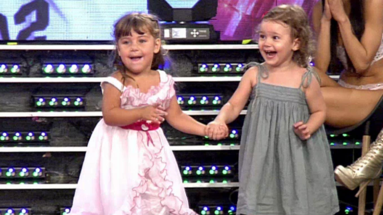 Las hijas de pedro alfonso y el polaco juntas arriba del for Noticias del espectaculo mexicano de hoy