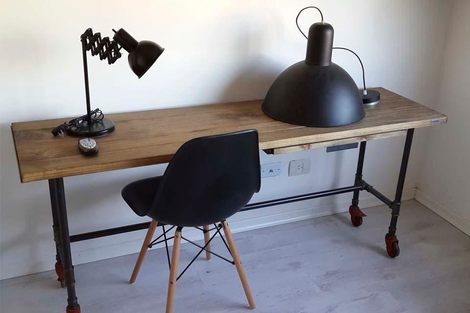 Muebles y accesorios en madera y hierro  La Vida con Estilo  ESPACIO