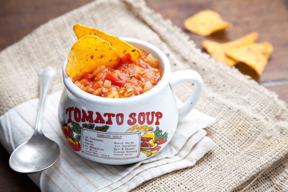 Receta de sopa de tomate e hinojo la nacion for Cocinar hinojo