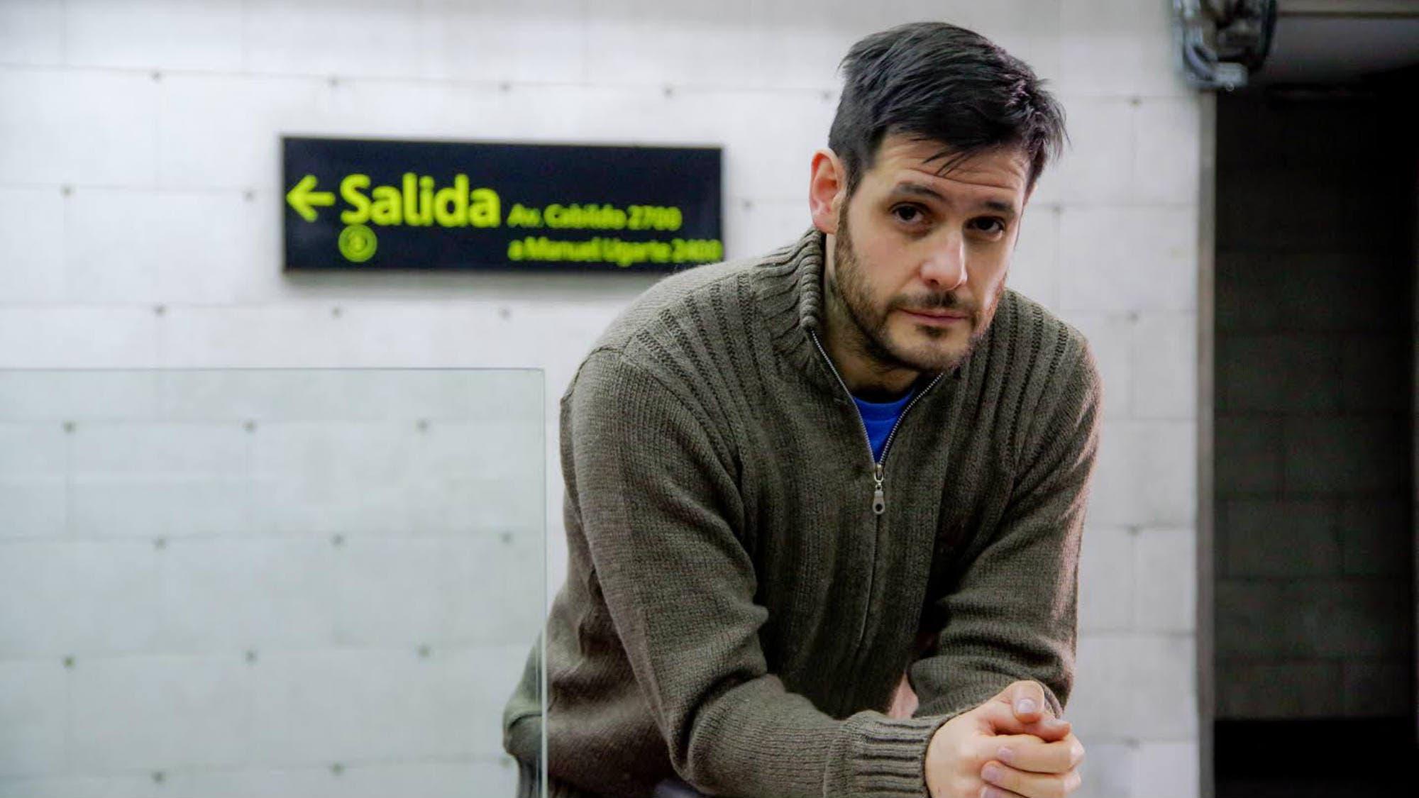 Del Colón al subte, la villa y el Borda: el músico que dirige ópera en escenarios impensados de Buenos Aires