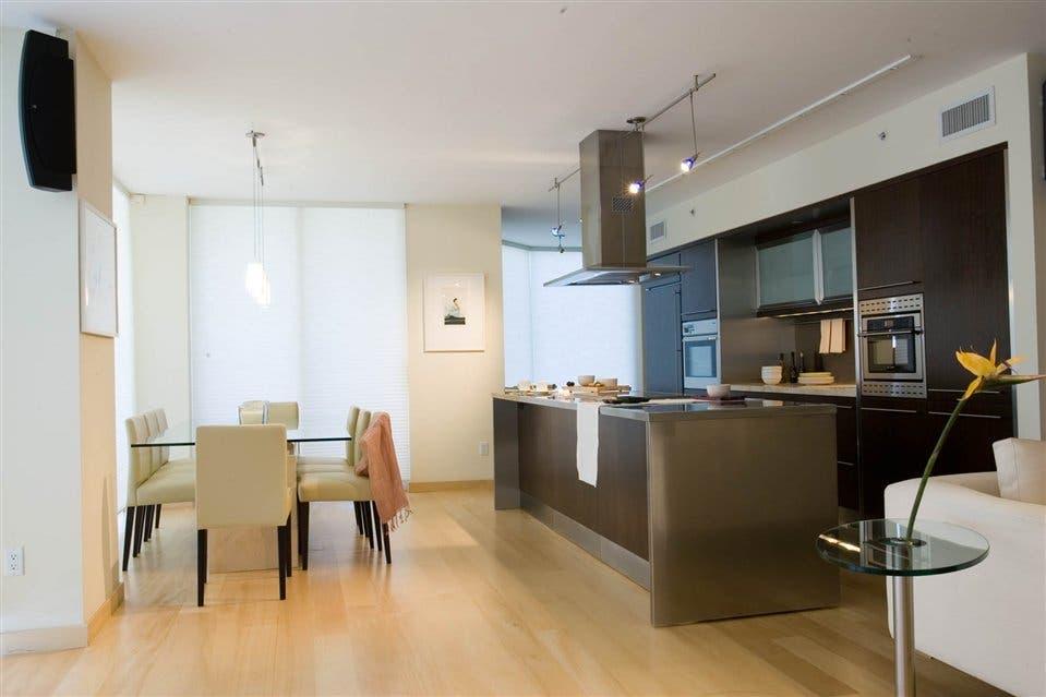 Cocinas modernas y confortables la nacion for Cocinas y salas integradas modernas